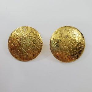 Floral Embossed Earrings Textured Round 1 Inch Pie
